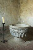 Bougie de petit morceau de police baptismale de Romanesce dans Calatanazor, Soria Photographie stock libre de droits