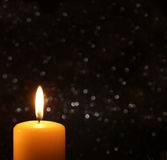 Bougie de Noël d'avènement Image libre de droits