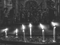 Bougies au temple image stock