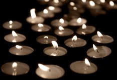 Bougies brûlantes Photos libres de droits