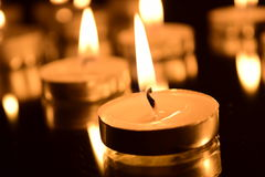 Bougies brûlantes photo libre de droits