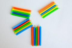 Bougies colorées photographie stock libre de droits