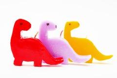 Bougies de cadeau de souvenir sous forme de dragons multicolores Photographie stock