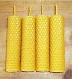 Bougies de cire d'abeille Images libres de droits