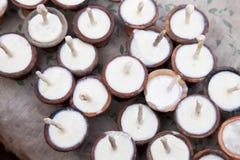 Bougies de offre de prière de temple, Népal Photographie stock