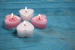 Bougies en forme de coeur Images stock