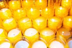 Bougies jaunes Image stock
