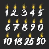 Bougies rougeoyantes d'anniversaire réglées Images libres de droits