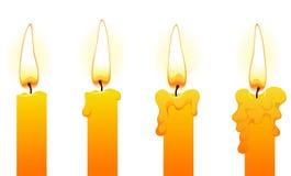 Bougies (sur le blanc) Images stock