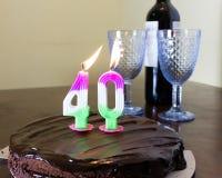 40 bougies sur le gâteau d'anniversaire de chocloate Photo libre de droits
