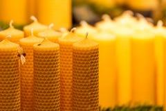 Bougies traditionnelles de cire d'abeille Photographie stock libre de droits