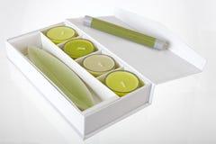 Bougies vertes décoratives Image libre de droits