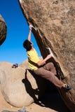Bouldering nei latticelli Fotografia Stock