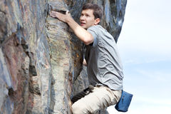 Bouldering outdoors Royalty Free Stock Photos