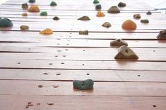 Bouldering-Wand Lizenzfreies Stockfoto