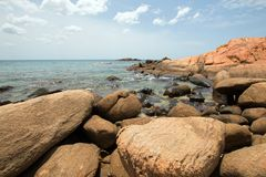 Free Boulders On Pigeon Island National Park Just Off The Shore Of Nilaveli Beach In Trincomalee Sri Lanka Stock Photos - 129878763