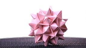 Boule d'origami de Stellated sur le fond blanc photos stock