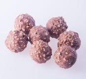 boule de chocolat ou bonbon de chocolat sur un fond Image libre de droits