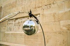 Boule de miroir Photo libre de droits