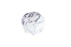 Boule de papier chiffonnée d'isolement sur le blanc Photographie stock libre de droits