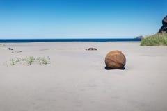 Boule en métal sur la plage de Bunes Photographie stock libre de droits