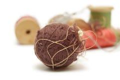 Boule et bobines de fil Photo libre de droits