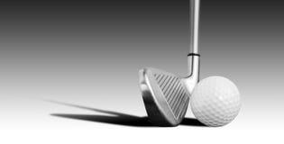 Boule et fer de golf photo libre de droits