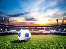 Boule sur le concept de championnat de stade de football photo libre de droits