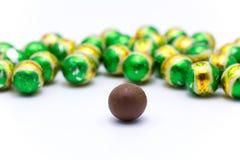 Boule verte de chocolat Photographie stock libre de droits