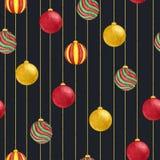 Boules accrochantes de Noël d'aquarelle de modèle sans couture de couleurs rouges, vertes et jaunes sur le fond noir Images stock