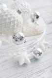 Boules blanches de Noël de vintage Image stock