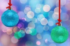Boules de couleurs pour l'arbre de Noël images libres de droits