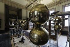 boules de cuivre de machine d'electrificatio le musée de Teylers photographie stock