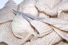 Boules de fil Aiguilles de Knit Photo stock