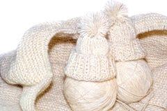 Boules de fil Aiguilles de Knit Images libres de droits