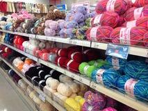 Boules de laine pour le tricotage Image stock