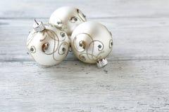 Boules de Noël en argent image libre de droits