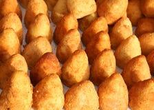 Boules de riz faites avec du riz frit Images stock