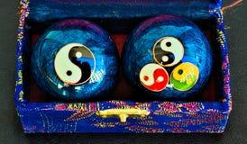 Boules en acier bleues de zen photo libre de droits