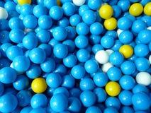 Boules en plastique bleues Photographie stock libre de droits