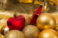 Boules et coeurs de Noël Image stock