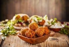 Boules fraîches de falafel image stock