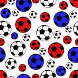 Boules modèle sans couture, fond du football de sport de vecteur Boules blanches, bleues et rouges Photographie stock libre de droits