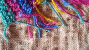 Boules multicolores de fil pour le tricotage et le crochet Image libre de droits