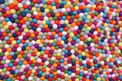 Boules multicolores de laine Photo stock