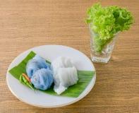 Boulette cuite à la vapeur thaïlandaise de peau de riz remplie du porc haché Photographie stock