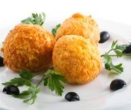 Boulette de viande avec des olives Photos libres de droits