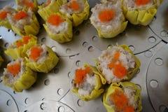 Boulette prête à cuisiner de Chinois de porc et de crevette Image libre de droits