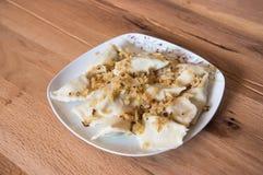 Boulettes d'un plat à l'oignon frit Images stock