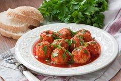 Boulettes de viande avec la sauce tomate Images libres de droits